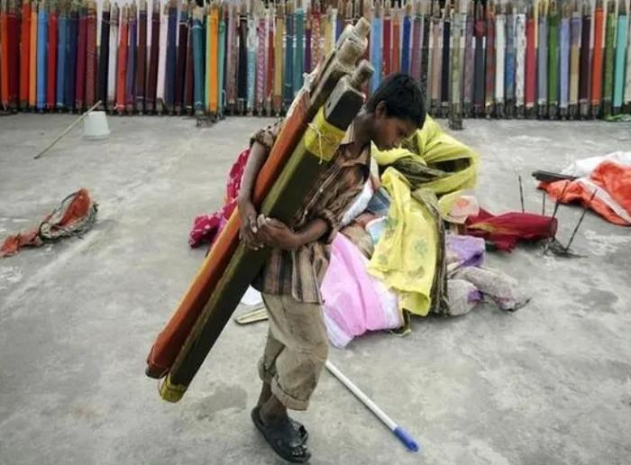3.3 million Pakistani children threatened by child labour, says UNICEF
