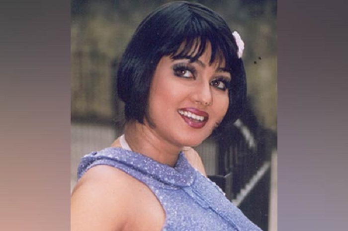 Police detains actress 'Eka'