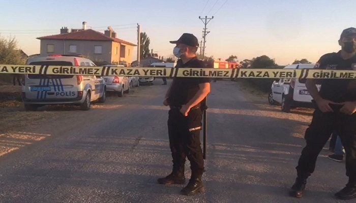 Seven Kurdish family members killed in Turkey attack-567609