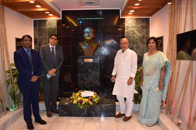 Bangladesh encourages US companies to invest in offshore oil, gas explorations