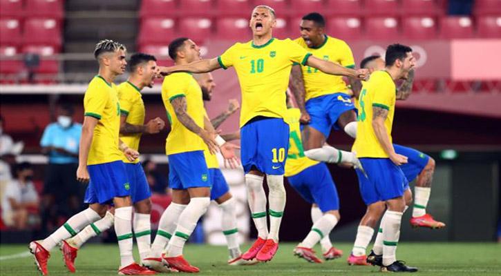 Olympics Football: Brazil beat Mexico to reach final