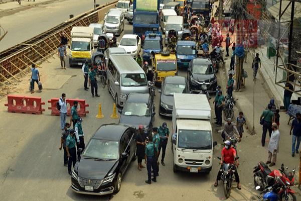 Dhaka grapples to enforce lockdown