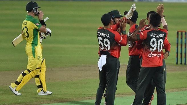 Australia set easy target for Bangladesh
