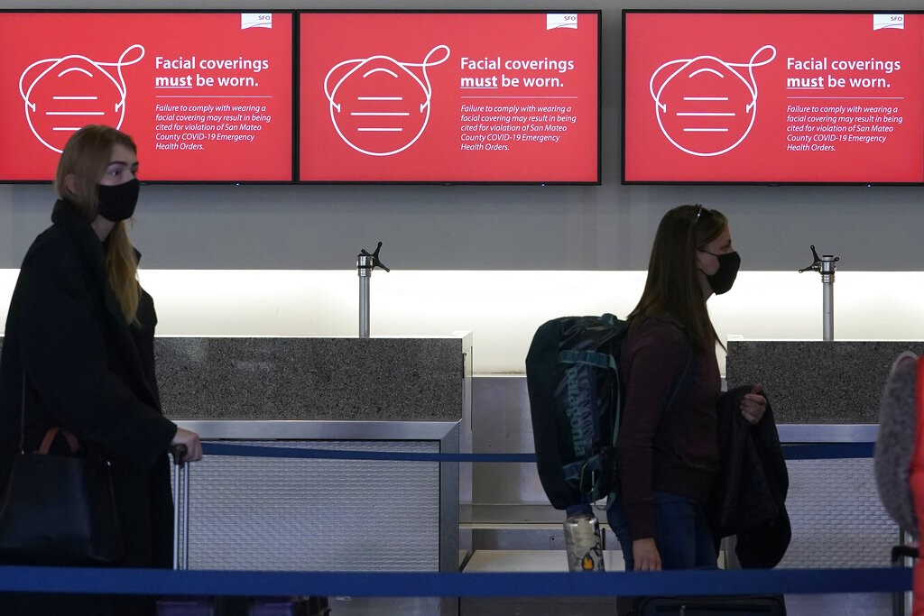 US working on plan to reopen to fully-vaccinated foreign visitors