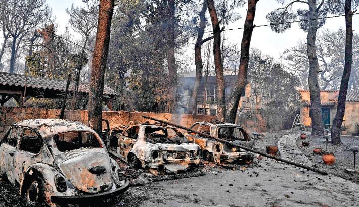 Heatwave, wildfire scorch southern Europe