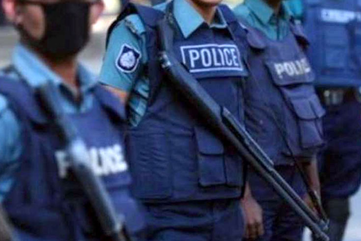 Constable shot dead at SP's residence in Dhaka