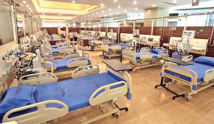 The 1,000-bed Covid field hospital equipped with ICU and HDU is inaugurated at Bangamata Sheikh Fazilatunnesa Mujib Convention Hall of Bangabandhu Sheikh Mujib Medical University in the capital on Saturday. —Md Nasir Uddin