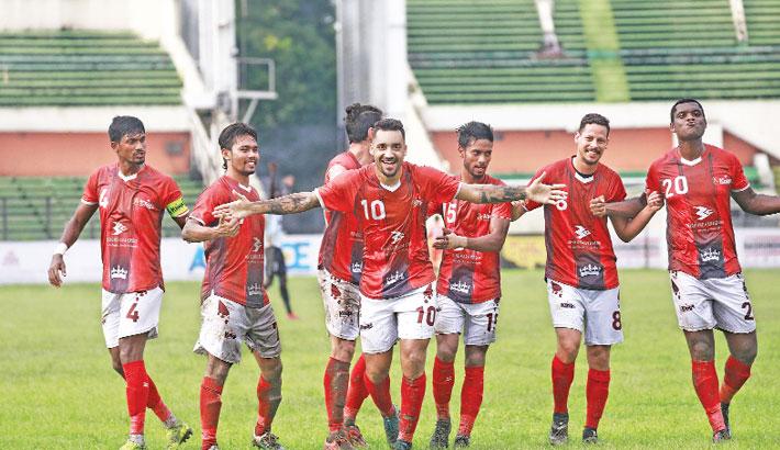 Oscar hails team's effort