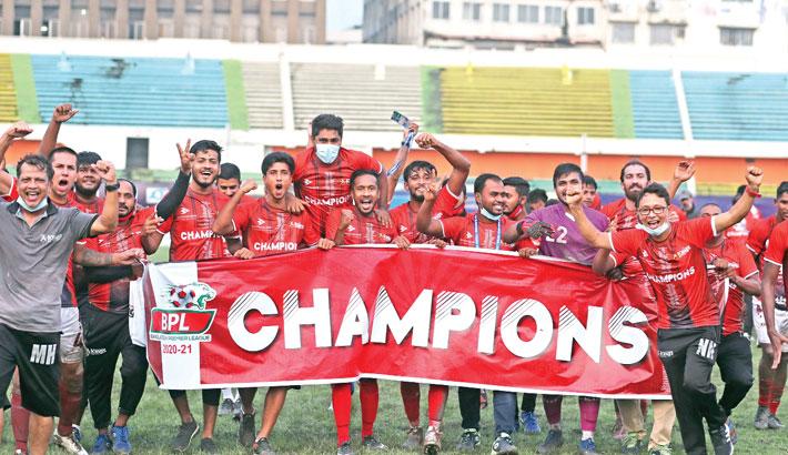 Bashundhara Kings retain BPL title