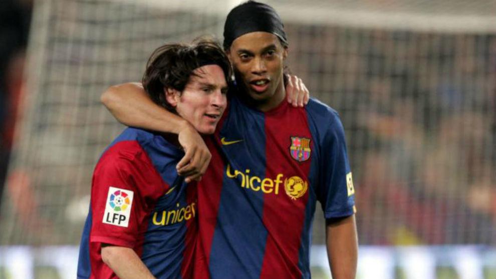 Ronaldinho wishes Messi 'many moments of joy' after PSG move