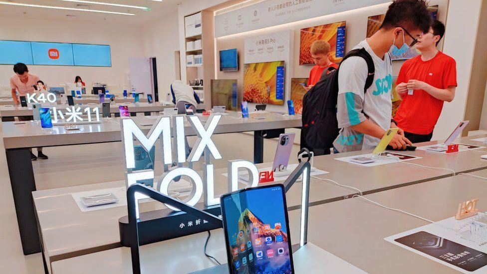 China tech giant Xiaomi aims at global smartphone top spot