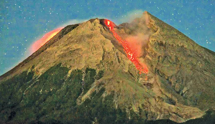 'Don't bet on volcano eruptions to lessen climate change'