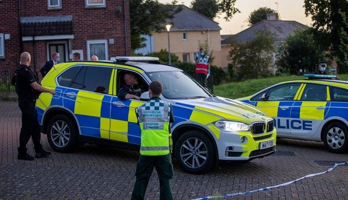 Suspected gunman, five others die in UK shooting
