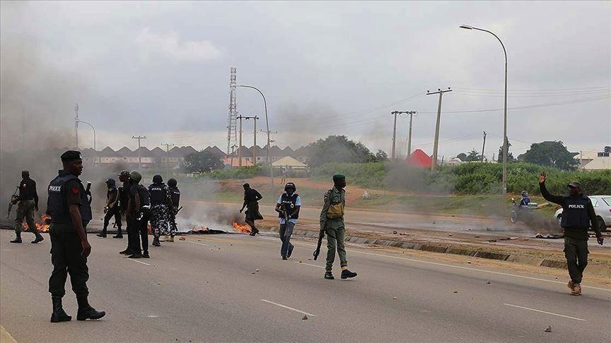 At least 22 killed in central Nigeria attack: police