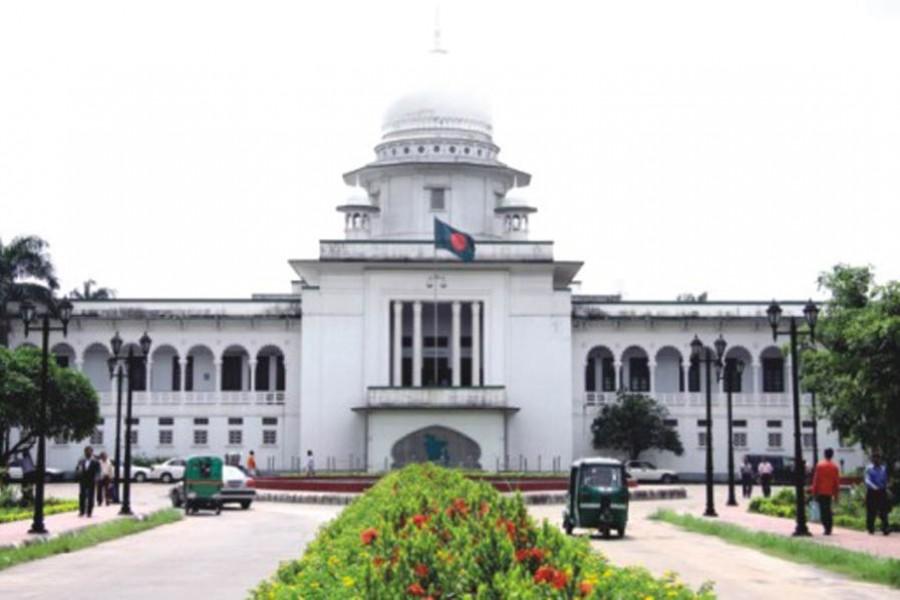 HC orders govt to ban TikTok, PUBG, Free Fire