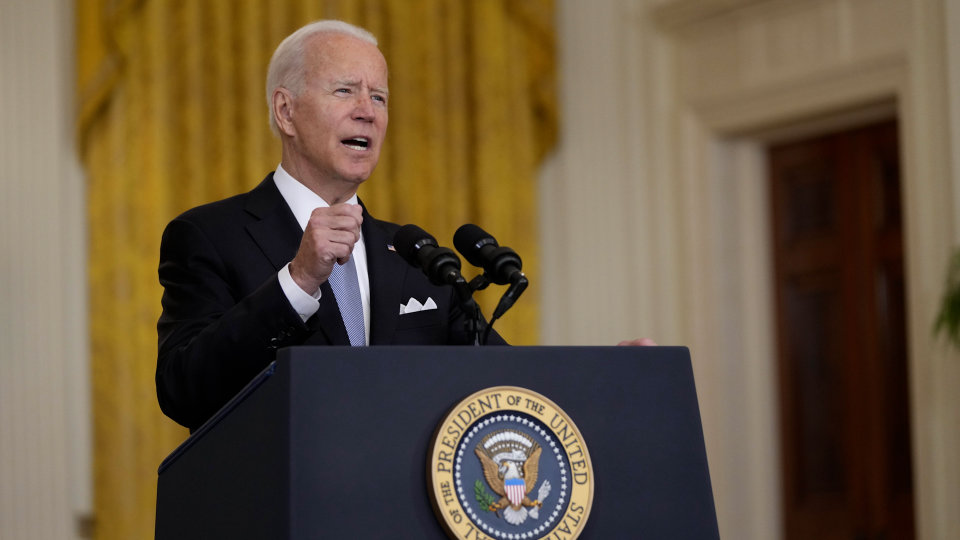 Biden defends US pullout from Afghanistan despite panic in Kabul