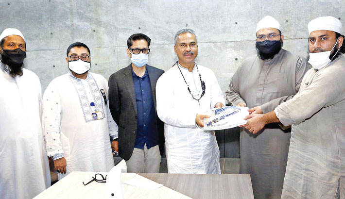 BGMEA gives edu materials to students