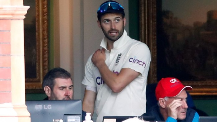 Wood injury worry adds to England's woes against India