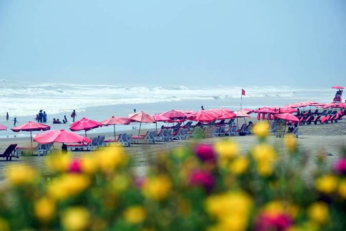 Tourist spots, recreation centres, hotels reopen
