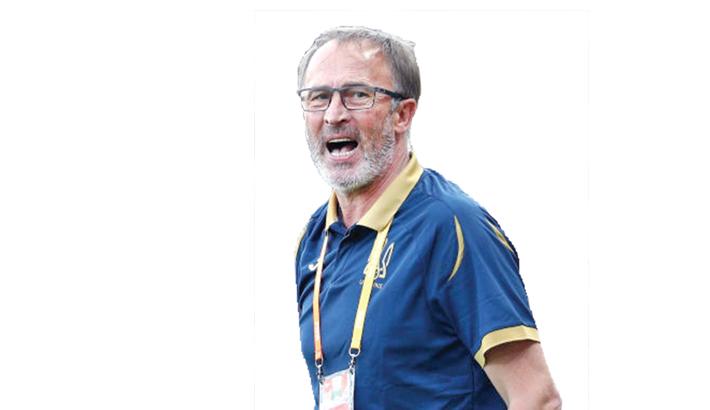 Petrakov replaces Shevchenko as Ukraine coach