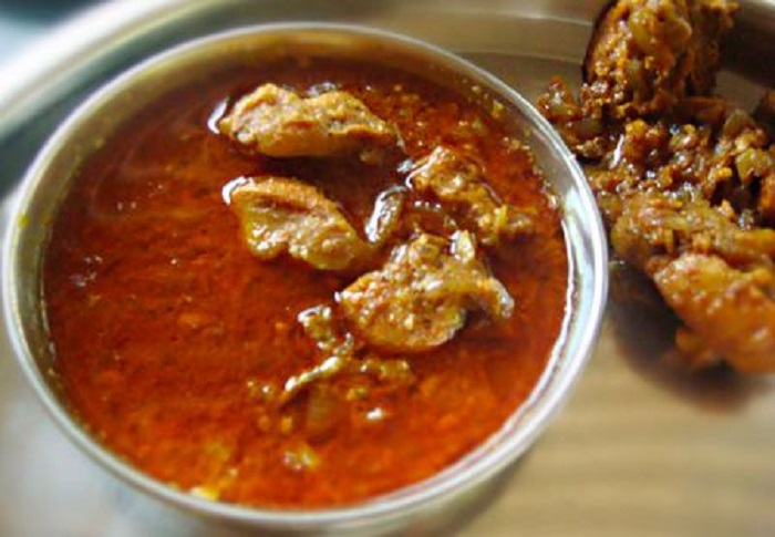 Want to remove excess oil from curries? (Watch)
