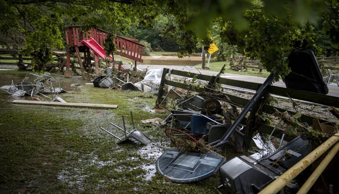At least 10 killed in Tennessee flash floods; dozens missing