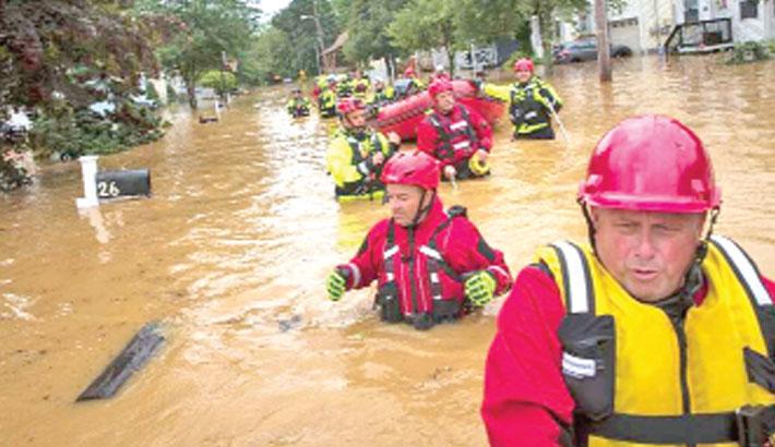 Rare tropical storm lashes US