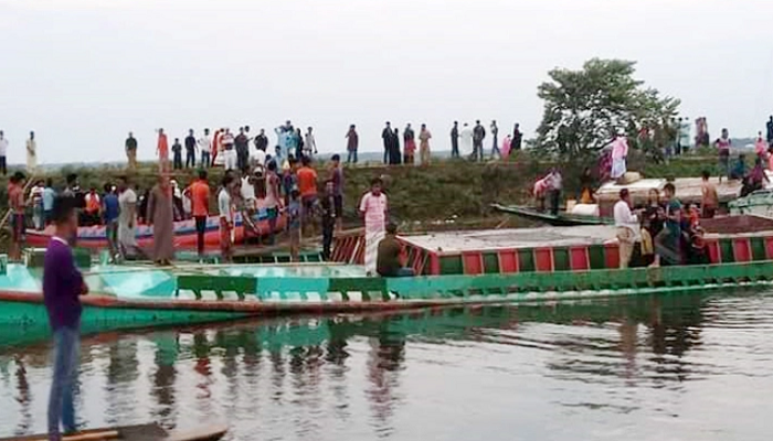 Trawler capsize in B'baria: 20 bodies recovered