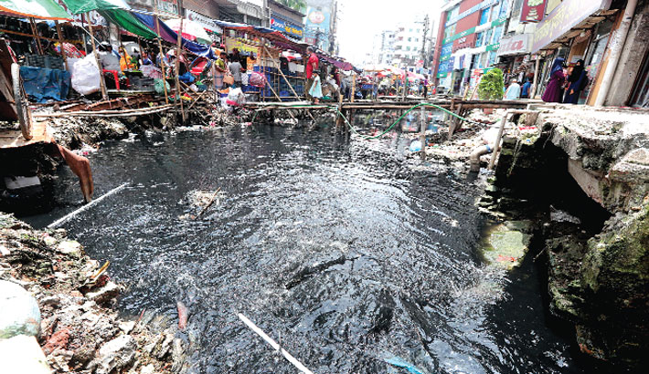 Sewers polluting water bodies