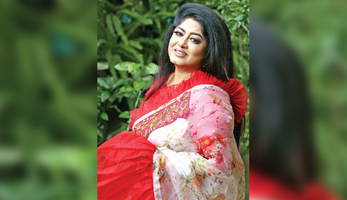 Moushumi to play title role in 'Annapurna'