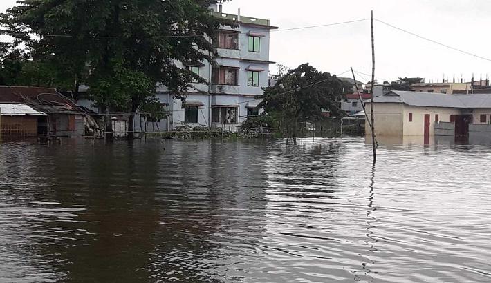 Padma river flowing 44 cm above danger level