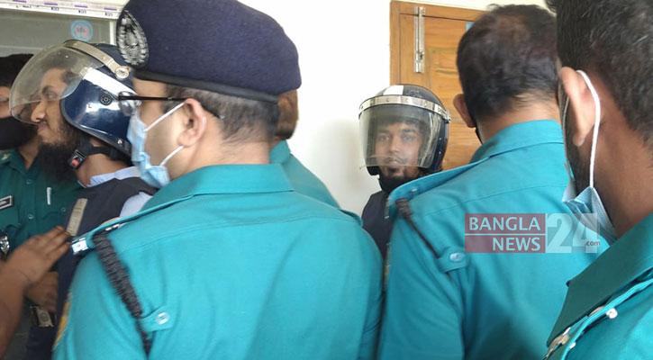 Six Ansar Al Islam men get death in Xulhaz-Tonoy murder case