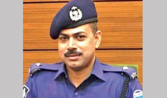 Court accepts graft chargesheet against OC Pradeep, his wife