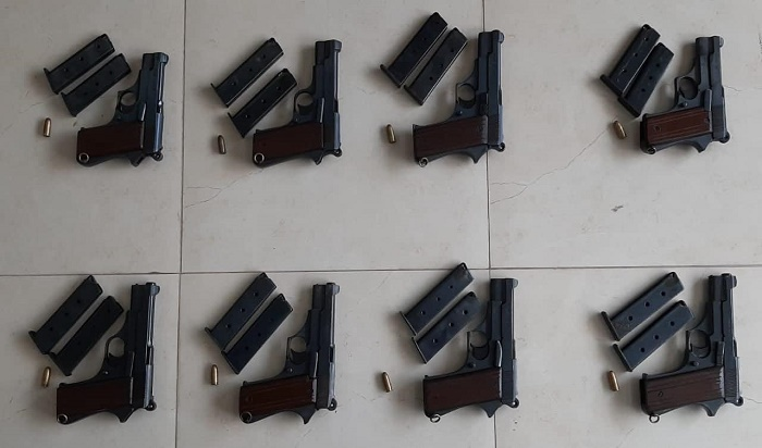 5 held with firearms in city