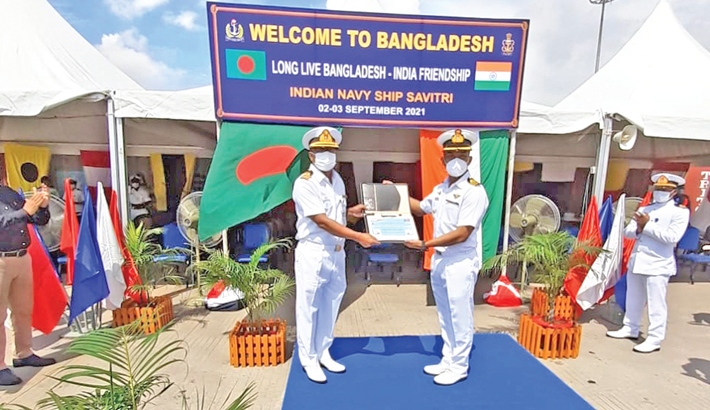 India gifts two mobile medical oxygen plants to Bangladesh