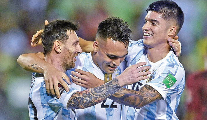 Argentina cruise against Venezuela as Brazil stay perfect
