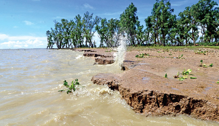 Flood worsens further in 15 districts