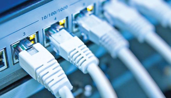 Broadband growth outpaces mobile internet