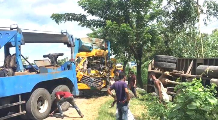 2 killed in Chattogram road mishap