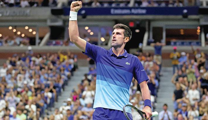 Djokovic advances to Slam quest