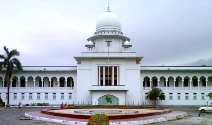 Suspension of private educational institute teachers cannot exceed six months: HC