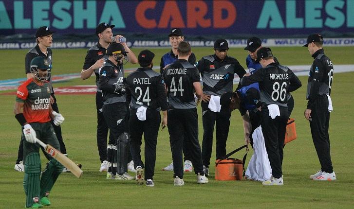 Latham, Allen power New Zealand to 161 in Bangladesh T20