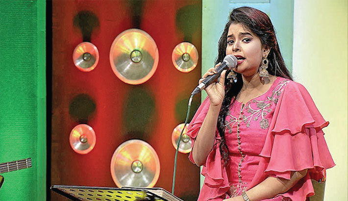 Musical show 'Golden Song' will be aired on Boishakhi TV tonight at 08.00pm. Produced by Litu Solaiman, the programme is hosted by Ainun Putul. Singer Ananya Acharya will perform on today's  show.