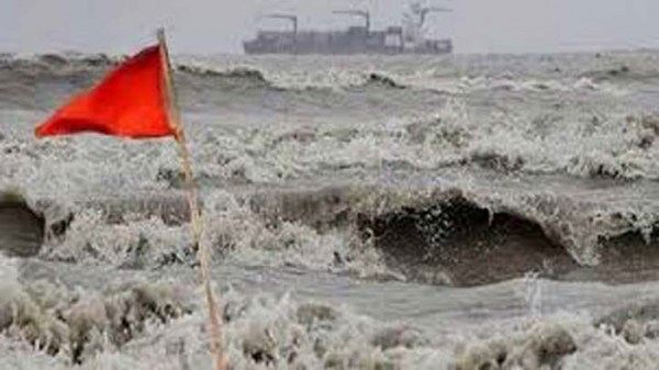 Maritime ports advised to keep hoisting cautionary signal No 3