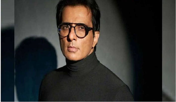 Sonu Sood's Mumbai Office Raided By Income Tax Department