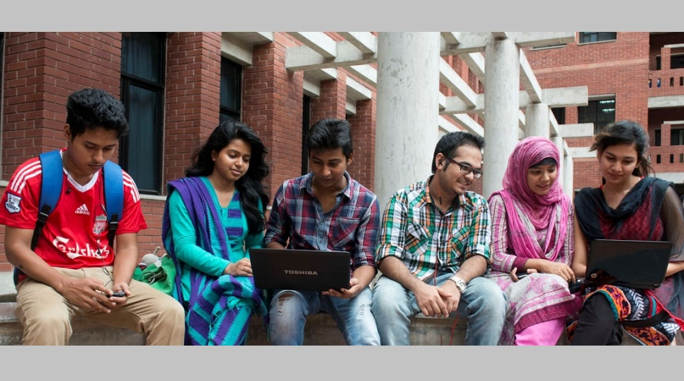 UGC introduces Covid vaccine registration link for univ students