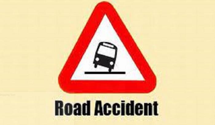 Chapainawabganj road crash leaves 2 dead