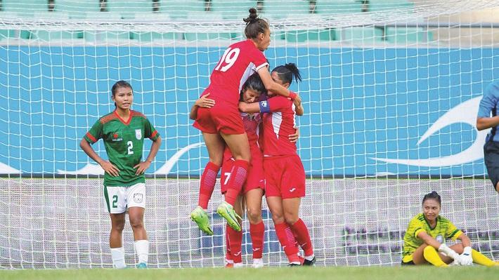 Bangladesh suffer heavy defeat