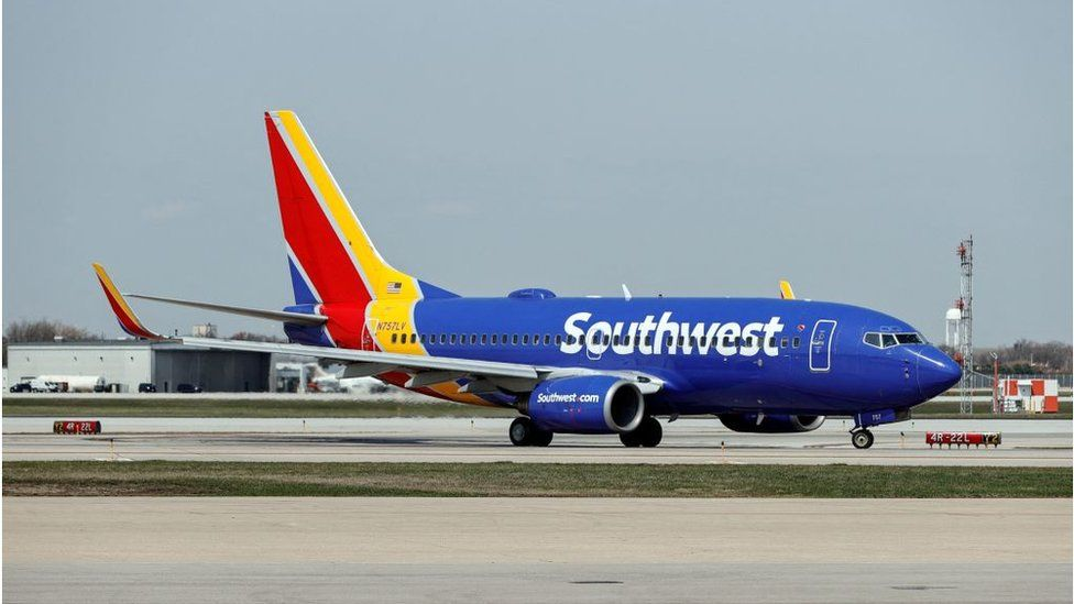 Southwest Airlines pays staff extra to get jabbed