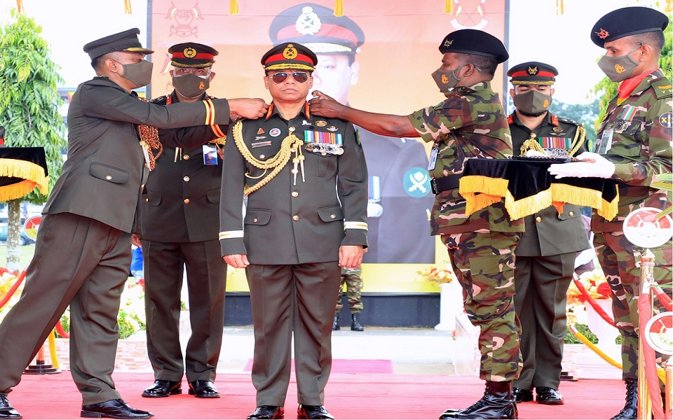 General Shafiuddin becomes 8th Colonel Commandant of Armoured Corps
